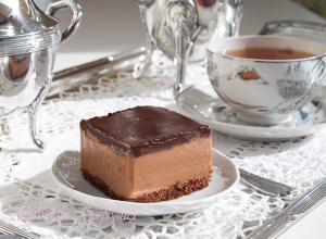 Tort rapid cu buttercream de ciocolata