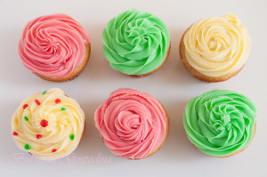 cupcakes_fructe_padure_buttercream_frosting_10